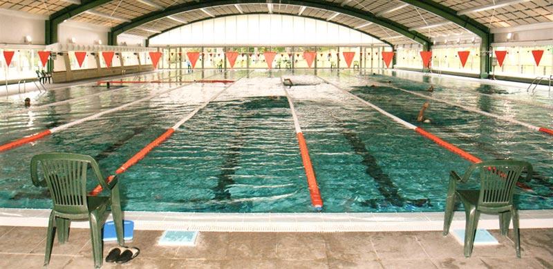 Piscina olímpica cubierta