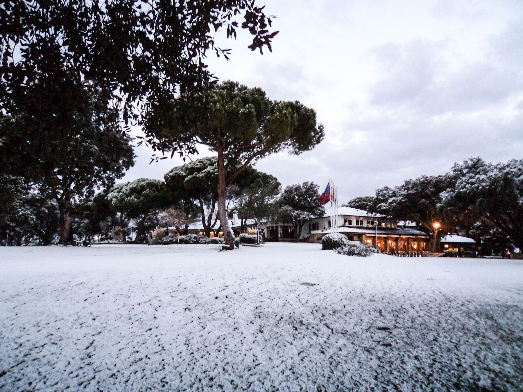 Imagen del Club nevado.