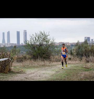 Mohammed Blal en acción. (Foto: Jordi Terrón)