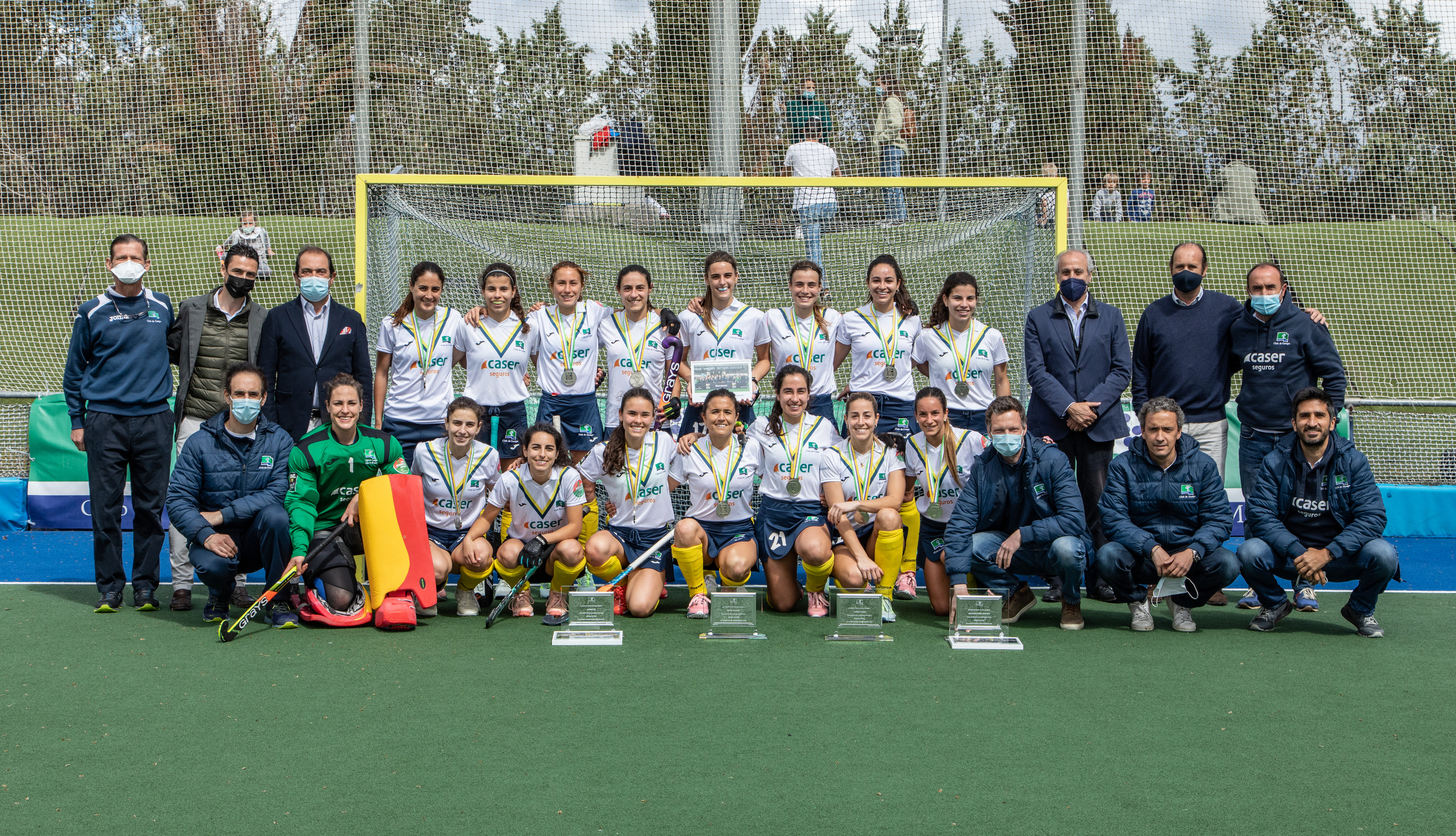 Equipo femenino de hockey del Club de Campo Villa de Madrid. Foto: Miguel Ros / CCVM