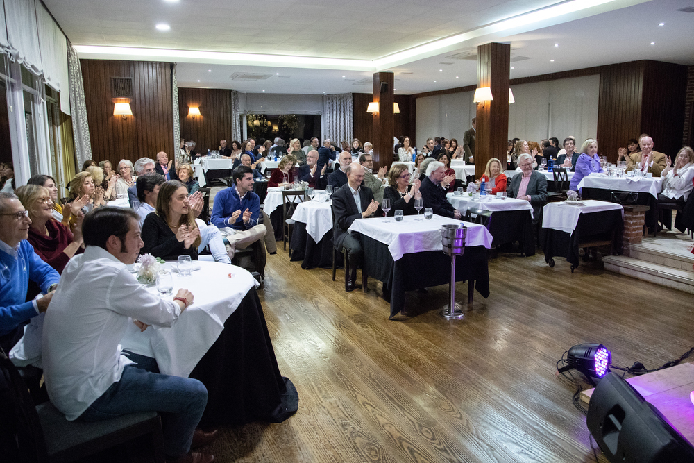El restaurante del Pabellón Social se llenó para disfrutar de Classenco. Foto: Miguel Ros