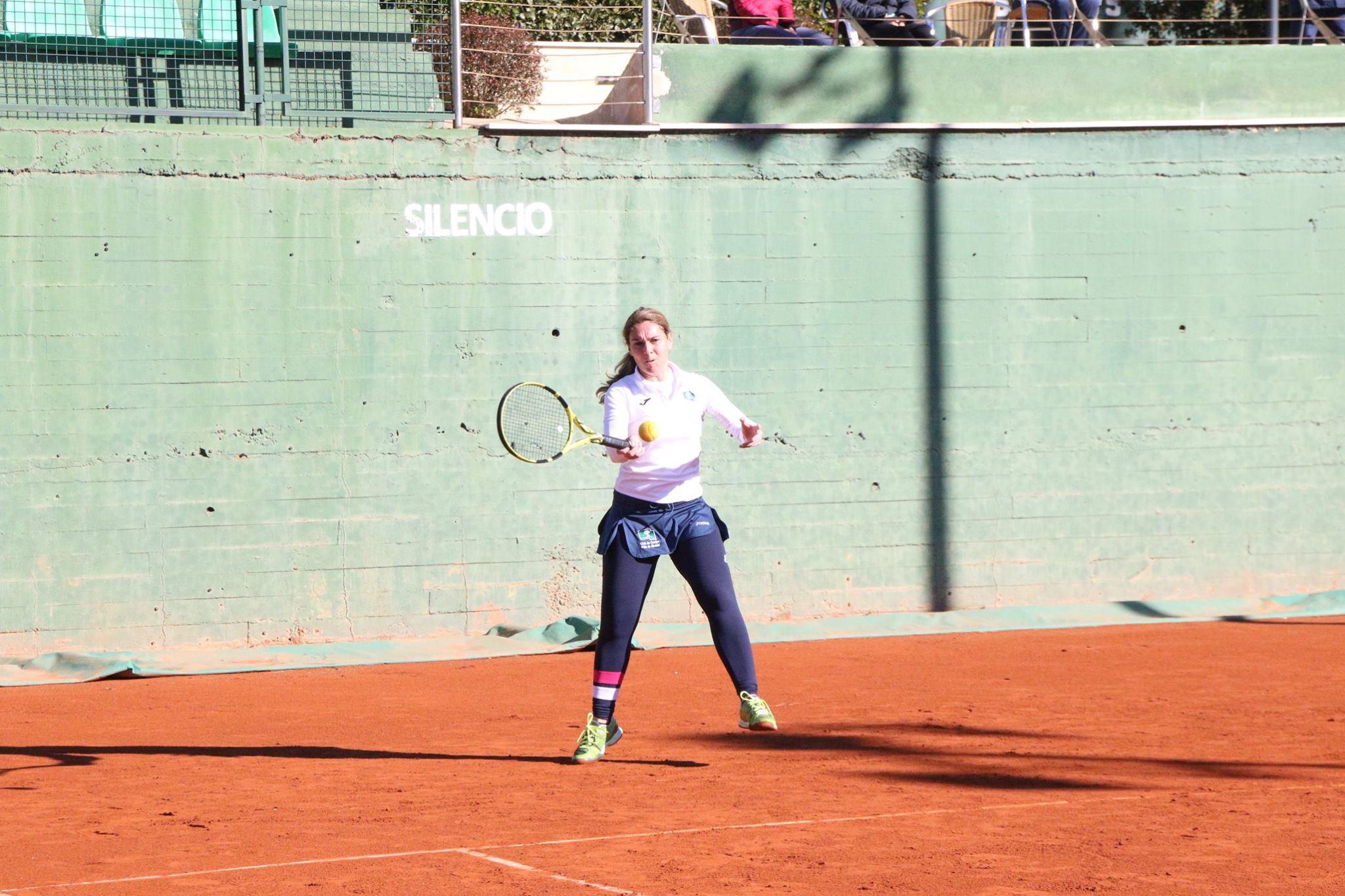 Chus Lara, que logró el único punto del Club en la final, en acción