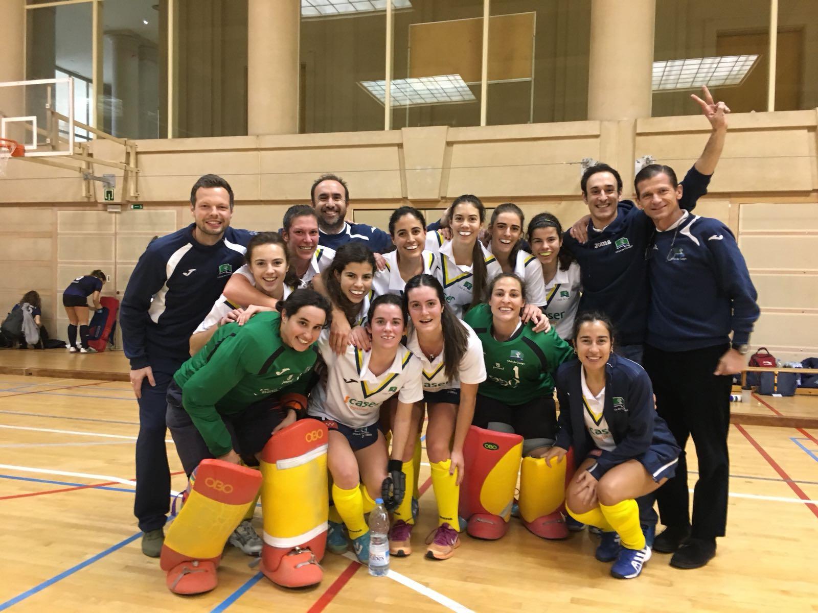 Plantilla y cuerpo técnico del Club de Campo campeón de España