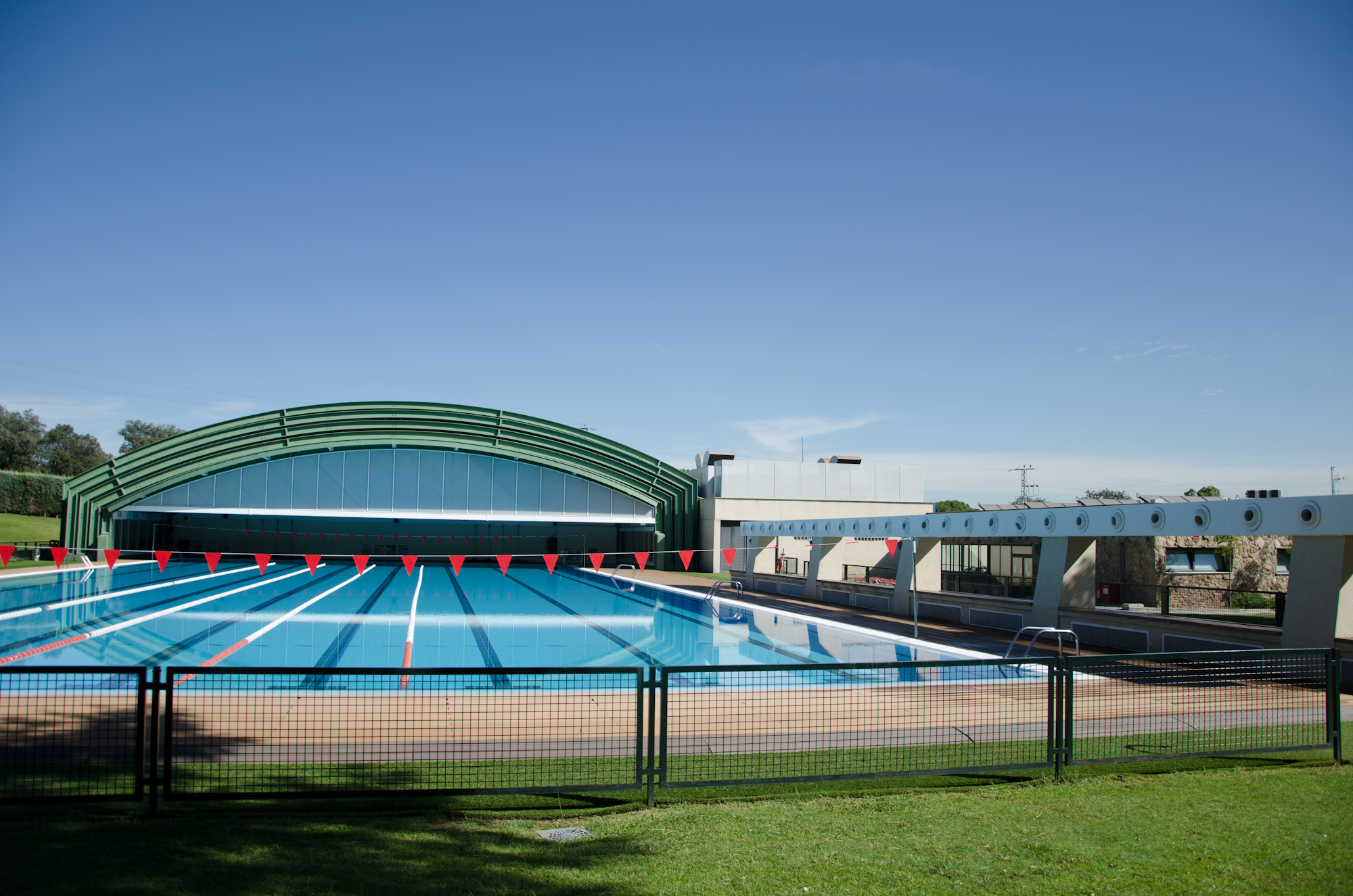 Piscina deportiva del Club de Campo Villa de Madrid.