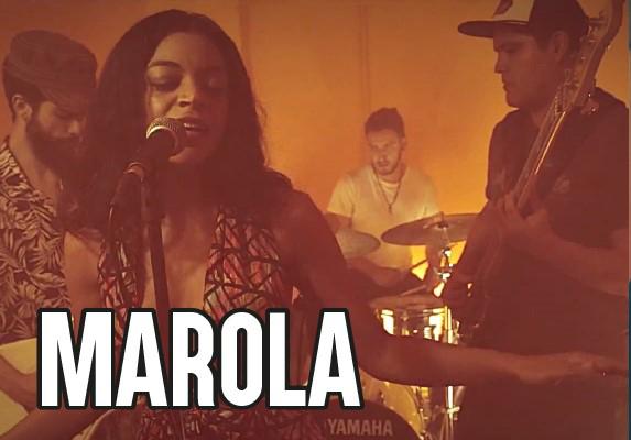 Cena-espectáculo con Marola