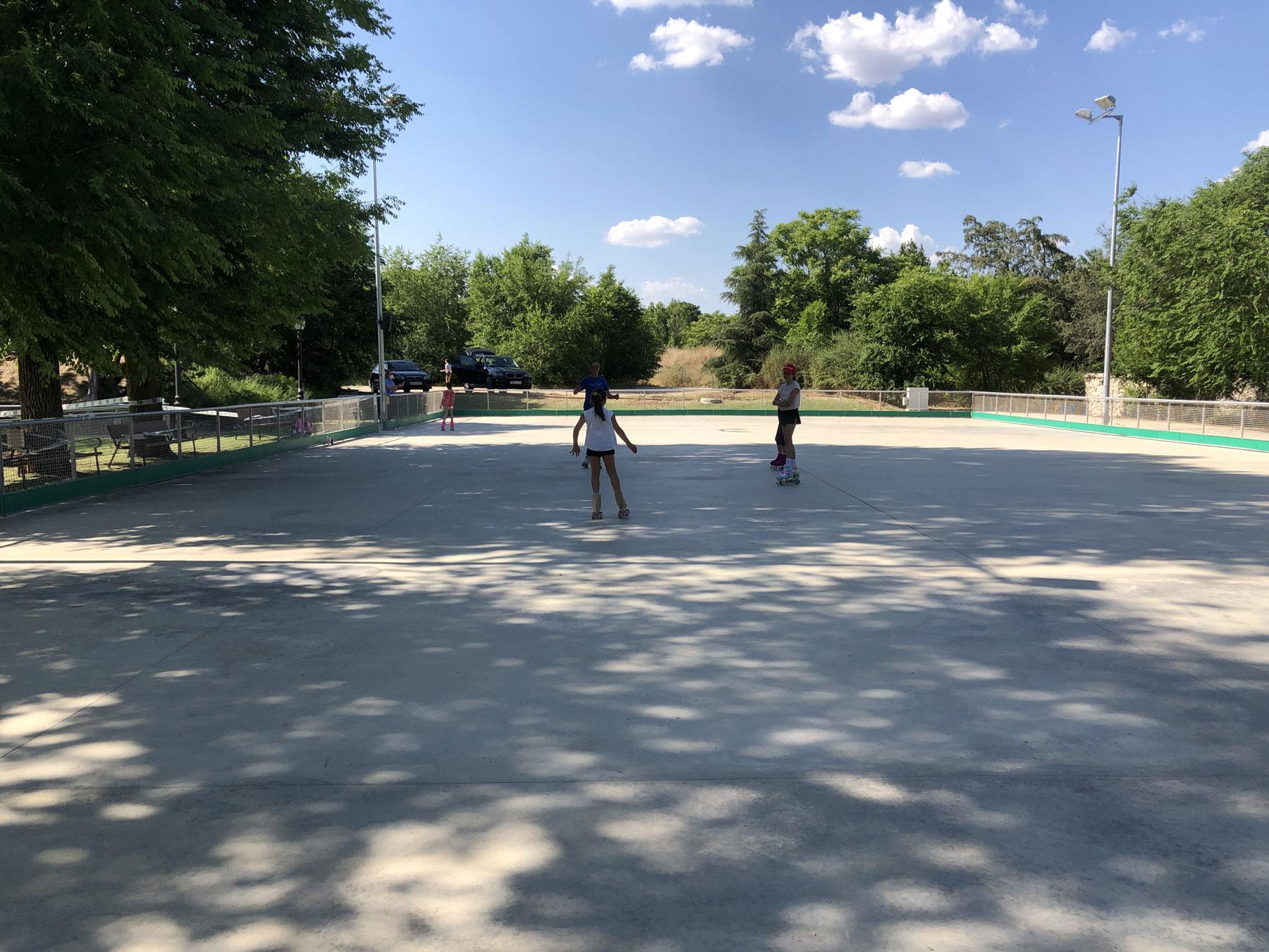 Clase de patinaje en el Club de Campo. Foto: I. R.