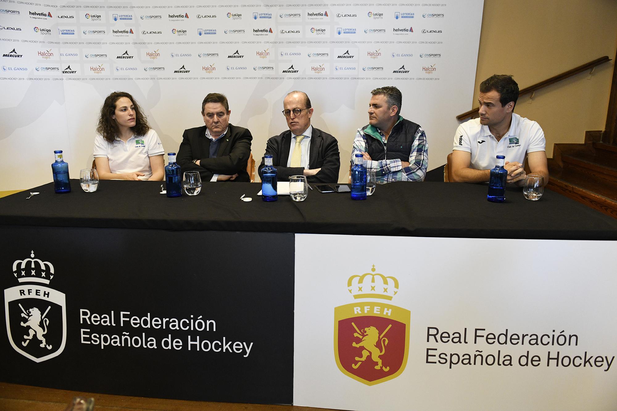 Mari Ruiz, Antonio Montalvo, Santiago Deó, Miguel Vilches y Álvaro Iglesias en la presentación. Foto: Rafa Aparicio