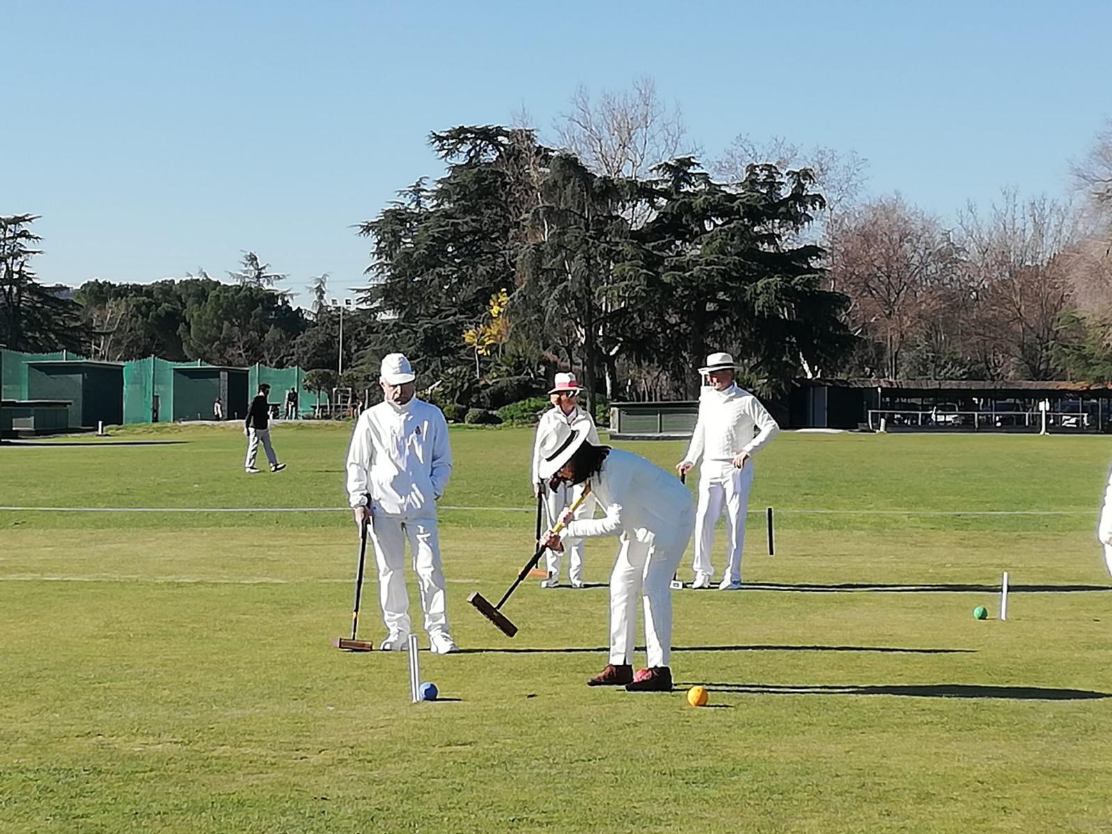 Momento de uno de los partidos de cróquet de la 1ª Pachanga del Club. Foto: Tuna Baselga