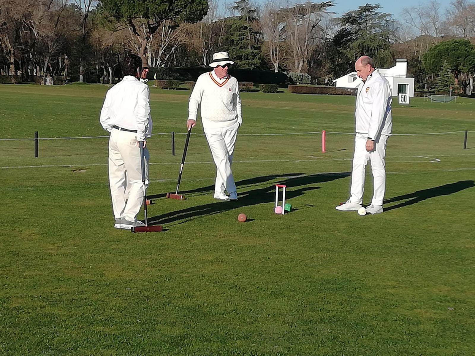 Partido de croquet en el Club de Campo.