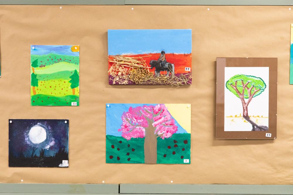 Obras de la sección infantil del  XXXI Concurso-Exposición de Artes Plásticas. Foto: Miguel Ros