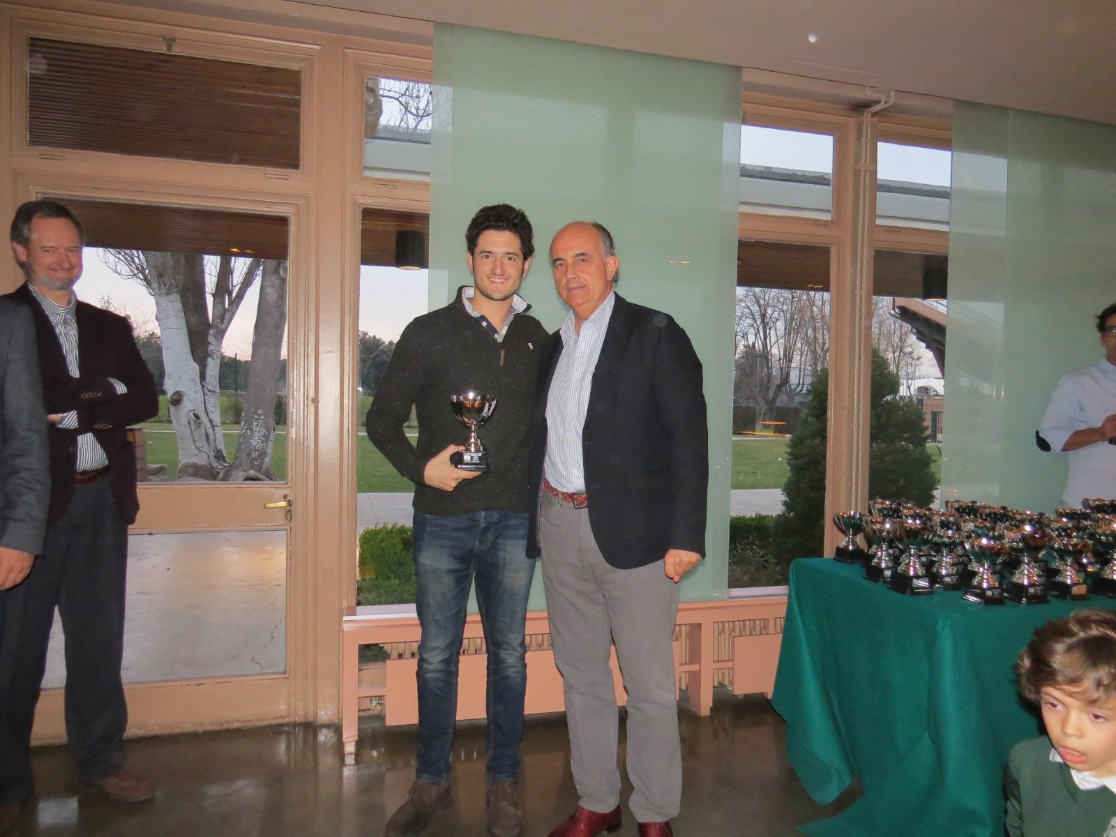 Rafael Ruiz, campeón absoluto de tenis de 2016, y Antonio Zapatero, delegado