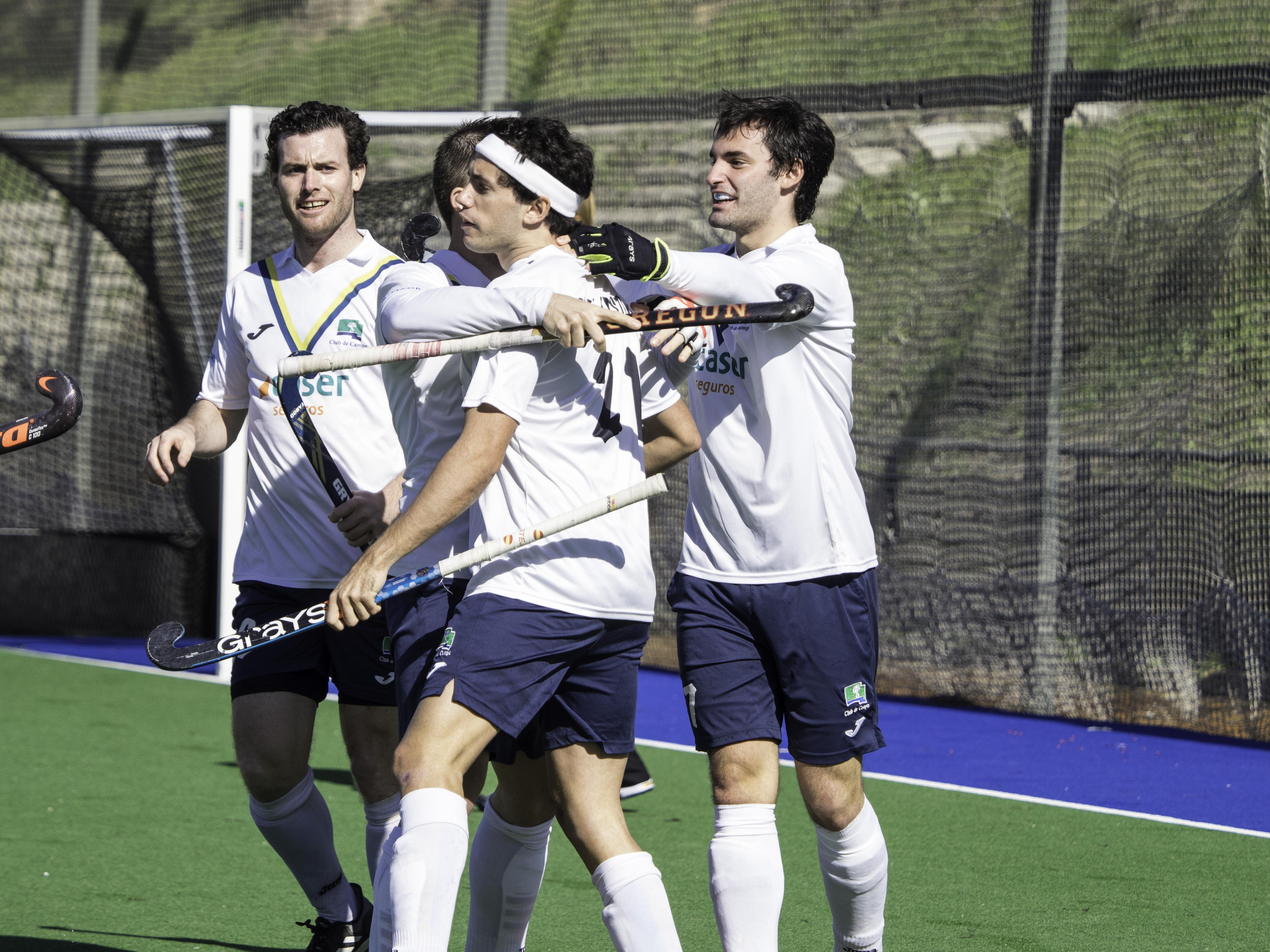 Los jugadores del Club celebran un gol. Foto: Ignacio Monsalve / CCVM