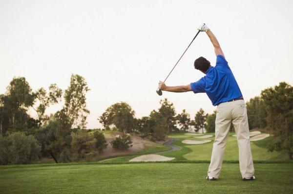 Entrenamiento de golf.