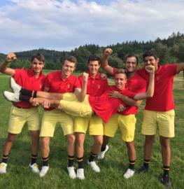 La selección española masculina al completo con Alejandro Aguilera primero por la izquierda