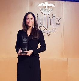 Amparo Gil, con el galardón a Deportista Más Destacada de los Premios al Mérito Deportivo Ciudad de Valencia 2018.
