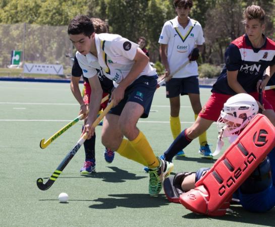 Álvaro Portugal y detrás Borja Lacalle