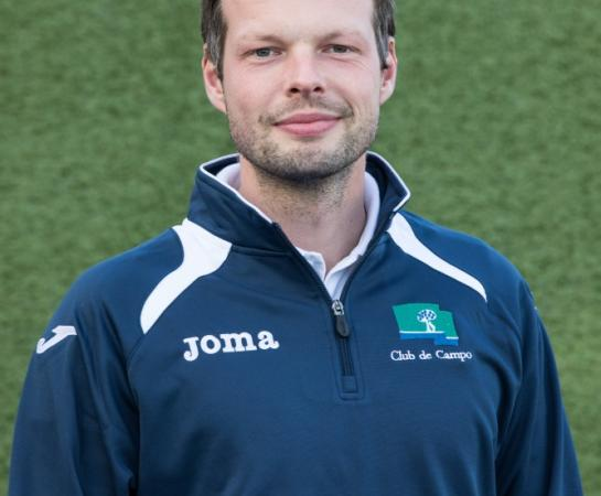Adrian Kuhn, segundo entrenador