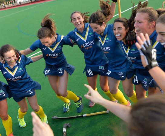 Las jugadoras celebran el pase a semifinales. Foto: Federación Europea