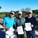 Podio del Mallorca Senior Open: Carlos Balmaseda, campeón, en el centro de la imagen; junto a Víctor Casado, segundo (dcha.) y Markus Brier, tercero (izda.).