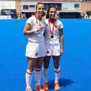 Belén Varela (izda.) y Blanca Pérez, subcampeonas de Europa sub-18. Foto: Rfeh