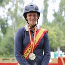Carmen García-Torres con su medalla de oro al cuello. Foto: Miguel Ros
