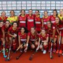 La selección española femenina celebra el título en las Hockey Series. Foto: RFEH