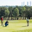 Partido de golf en el Club de Campo Villa de Madrid.