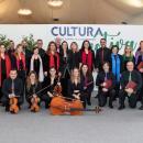 El Coro Talía y la Orquesta Metropolitana de Madrid posan a la conclusión del concierto. Foto: Miguel Ros