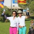 Las campeonas Xonia Wünsch y María de Orueta (izda.). Foto: Rfegolf