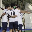 Los jugadores del Club celebran un gol.